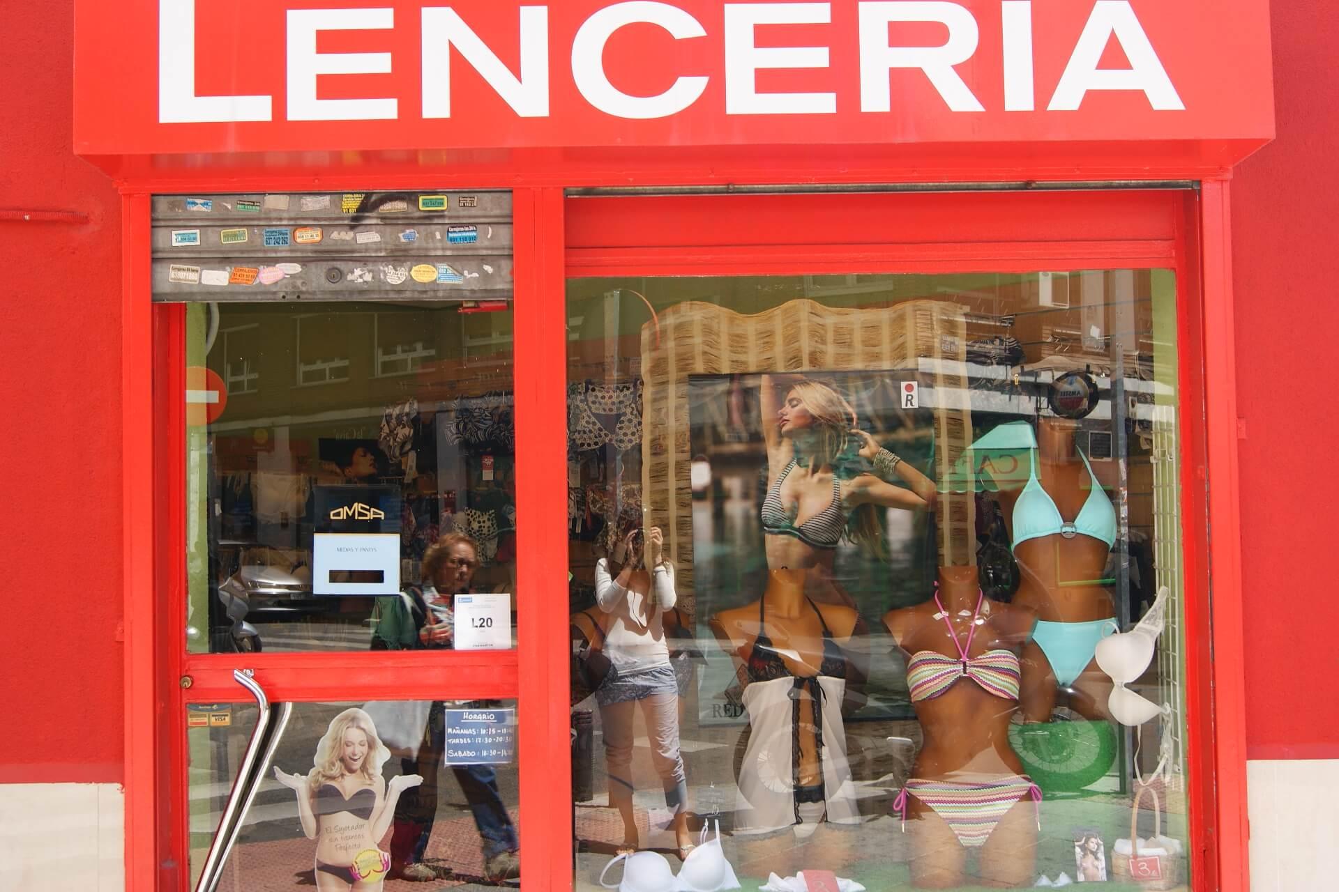 C mo abrir una tienda de lencer a productos de ropa interior for Franquicias de ropa interior